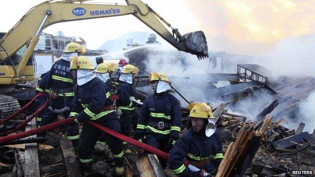 Blaze ravages ancient Tibetan town
