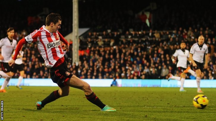 Adam Johnson scores for Sunderland