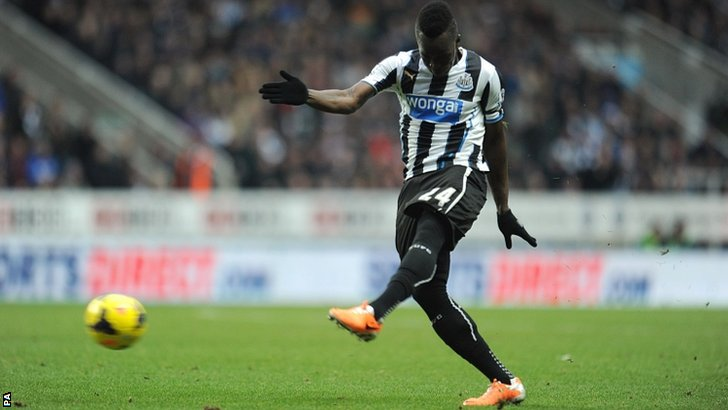 Newcastle United's Cheick Tiote shoots but his effort was ruled out for offside