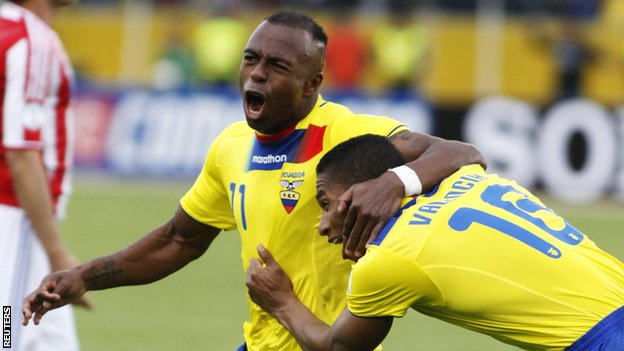 Christian Benitez celebrates with Ecuador team-mate Antonio Valencia