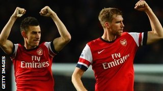 Arsenal defeders Laurent Koscielny and Per Mertesacker