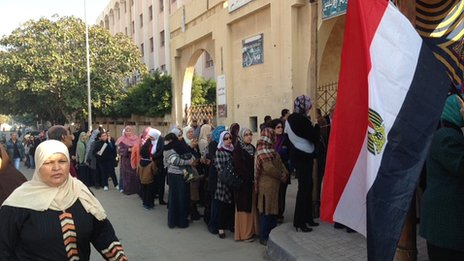 Voting queue in Alexandria