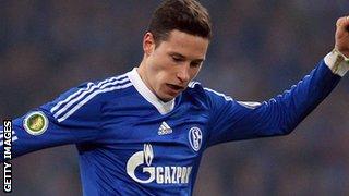 Schalke midfielder Julian Draxler