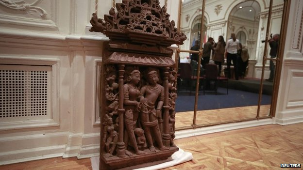 An ancient sculpture that has been returned by the US to India on 14 January 2014