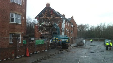 Demolition of Block B at Spencer Court