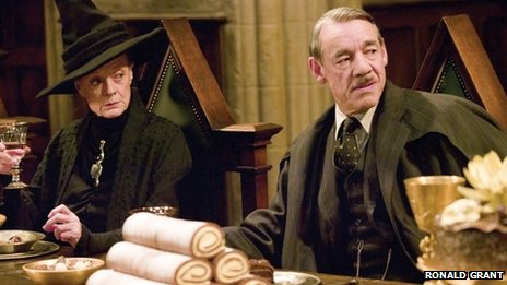 Maggie Smith and Roger Lloyd Pack in Harry Potter and the Goblet of Fire