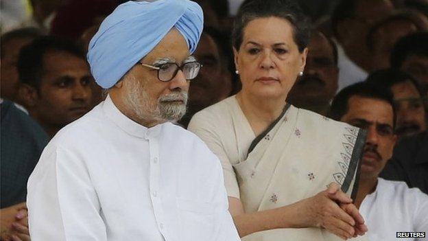 Indian Prime Minister Manmohan Singh and Sonia Gandhi on 20 August 2013