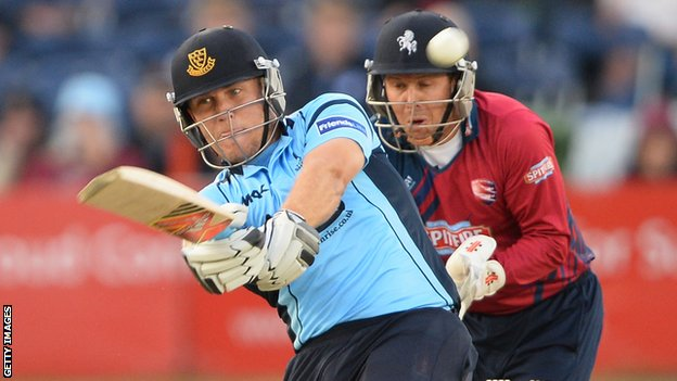 Sussex's Rory Hamilton-Brown and Kent's Mark Davies