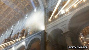 Rays of sunlight in Pisa cathedral