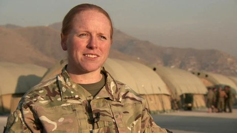 British female soldier speaking to Caroline Wyatt in Afghanistan