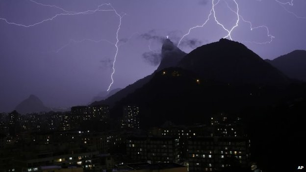 Lightning bolts near the Christ the Redeemer statue