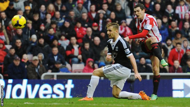 Adam Johnson equalises for Sunderland against Southampton