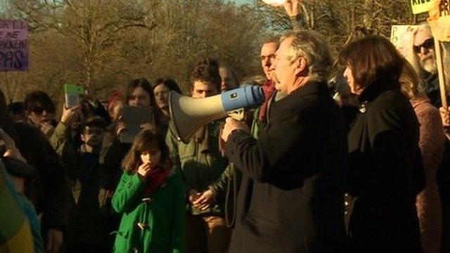 José Bové speaks to protesters