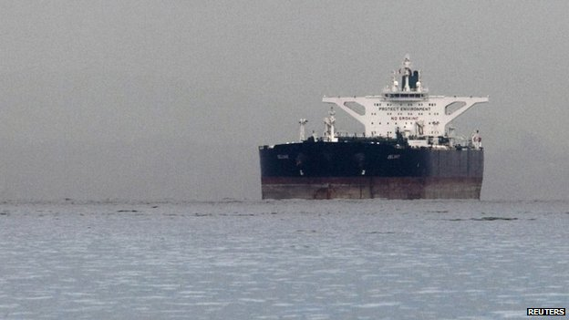 Iranian oil tanker off Singapore (March 2012)