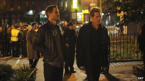Kevin Bacon and Shawn Ashmore