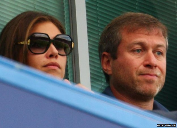 Dasha Zhukova and Roman Abramovich watch Chelsea play at  Stamford Bridge, 17 August 2008