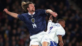 Steven Pressley outclimbs Arsenal and France striker Sylvain Wiltord, Hampden Park, March 2000