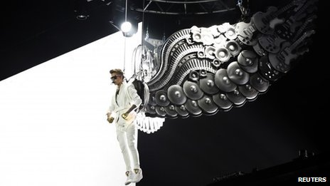 Justin Bieber, June 2013