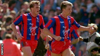 Andy Thorn helps celebrate Alan Pardew's FA Cup semi-final winner, Villa Park, April 1990