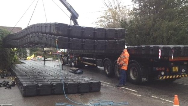 Pontoon for Muchelney residents