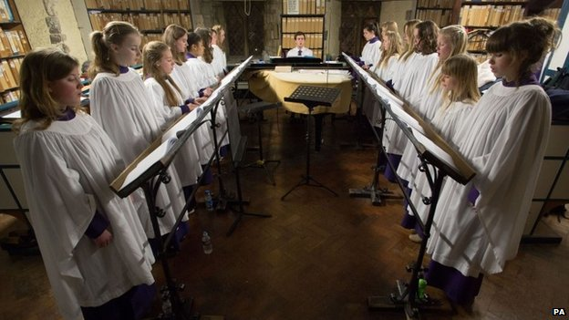 Canterbury Cathedral Girls' Choir rehearsing
