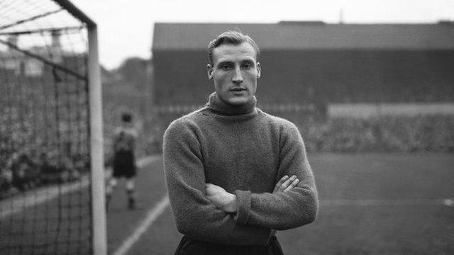 Bert Williams, Wolverhampton Wanderers and England