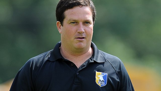 Mansfield manager Paul Cox