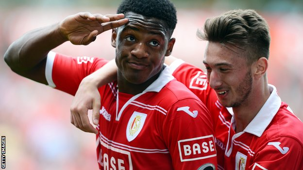 Standard Liege players Michy Batshuayi (right) Anil Koc celebrate