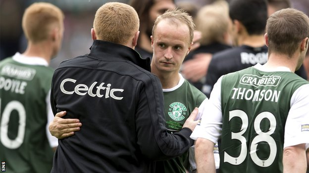 Neil Lennon embraces Leigh Griffiths during the striker's time with Hibs