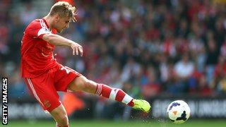 Southampton defender Luke Shaw