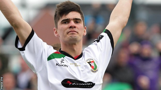 Jimmy Callacher has joined Linfield from Glentoran