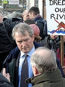 Owen Paterson confronted by protesters during his visit to Somerset