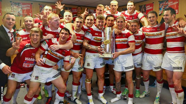 Wigan Warriors celebrate their Grand Final win in 2013