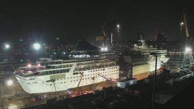 The new section being inserted into the cruise ship
