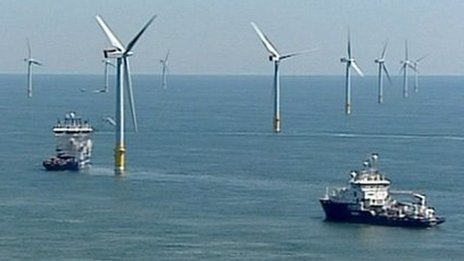Boats service the Greater Gabbard wind farm