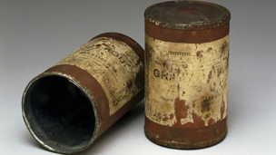 Tin cans from 1900