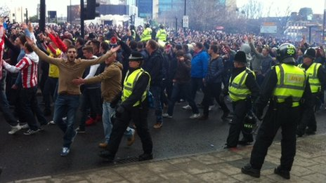 Sunderland fans arriving at St James' Park