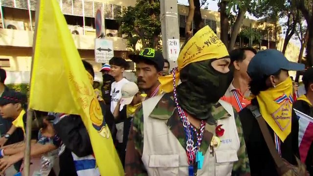 Protesters blocking polling station in Bangkok