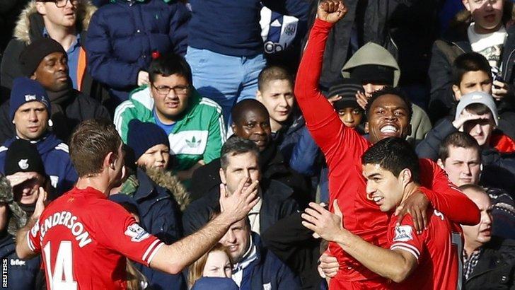Liverpool celebrate Daniel Sturridge's goal