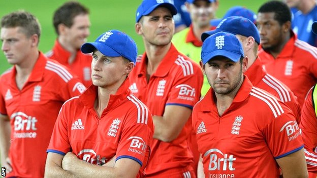 A disconsolate England team after the Twenty20 whitewash in Australia