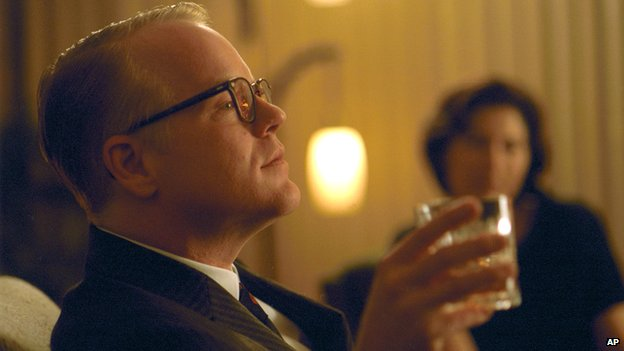 Philip Seymour Hoffman as Tuman Capote