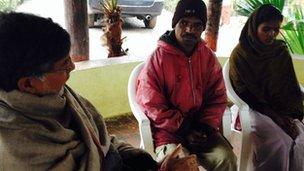 Kailash Satyarthi (left) is helping families look for their missing daughters