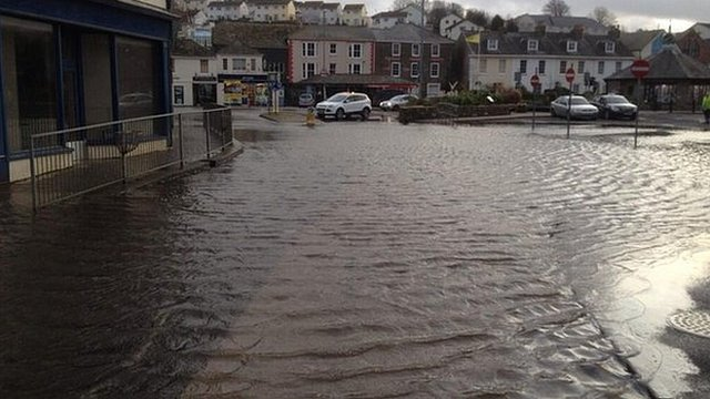 Flooding in Kingsbridge