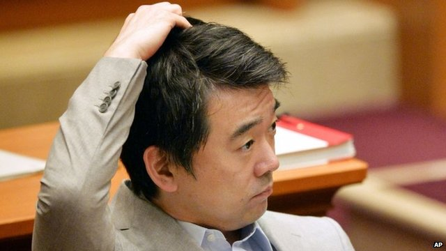 Toru Hashimoto attends Osaka's city assembly. Photo: 30 May 2013