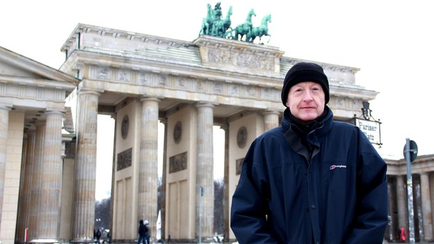 Steve Davis at the Brandenburg Gate