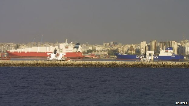 Norwegian cargo vessel Taiko (L) and Danish vessel Ark Futura in Latakia (27 January 2014)
