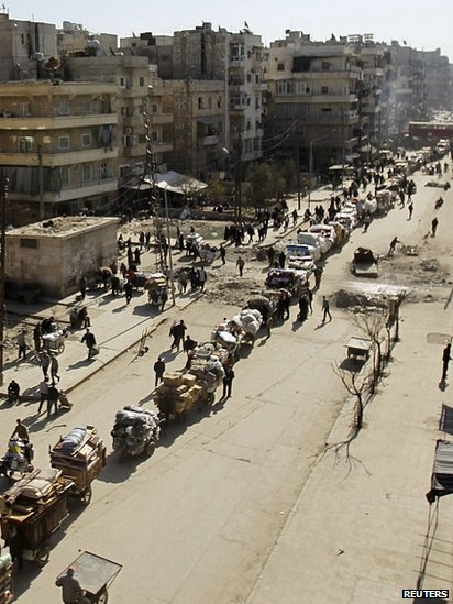 People flee areas under attack in Aleppo. 4 Feb 2014