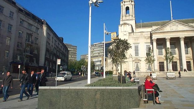 Leeds Civic Hall and LGI