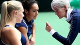 Great Britain team captain Judy Murray (R) speaks to Heather Watson (C) and Jocelyn Rae