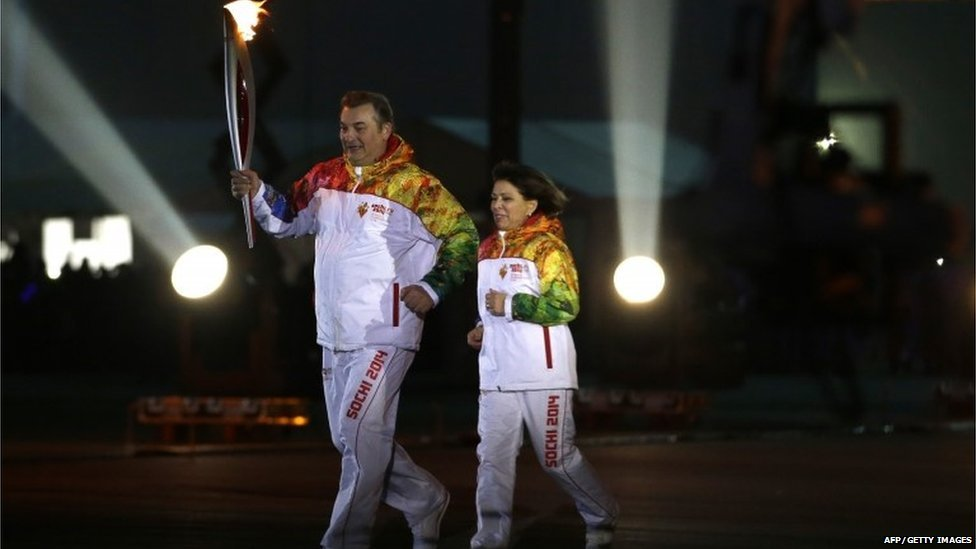 Irina Rodina and Vladislav Tretyak